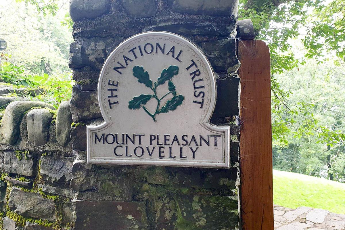 Mount Pleasant Near Clovelly
