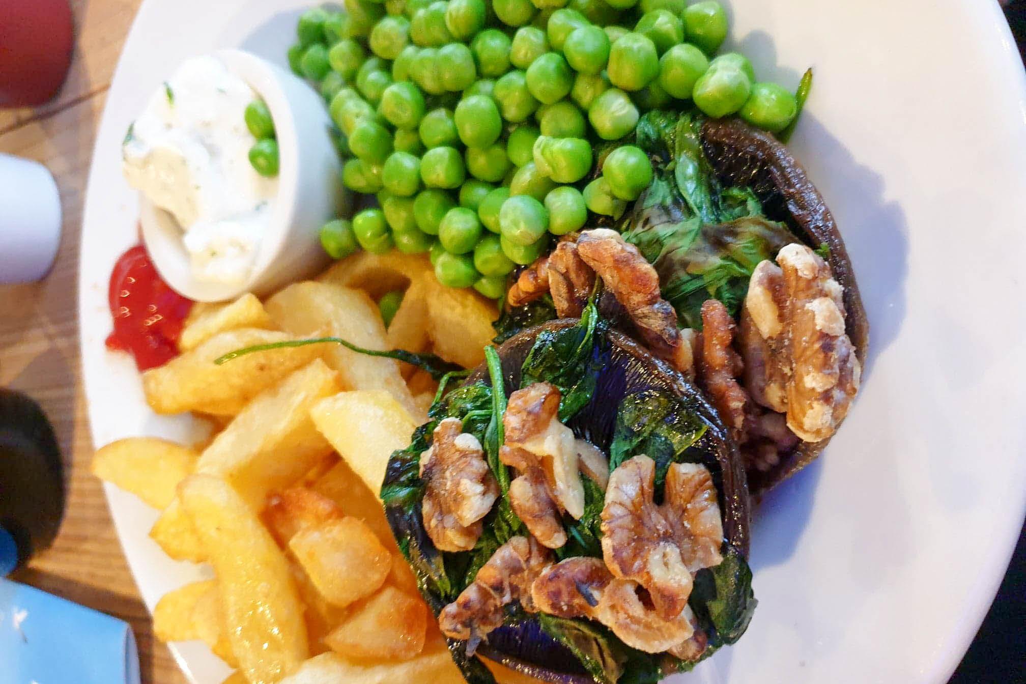 Dinner at the Beaver Inn, North Devon
