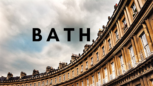 Bath button with crescent houses