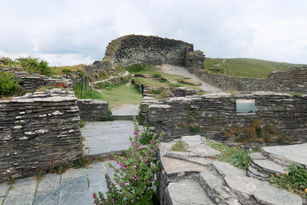 Ruins at Tintagel Castle
