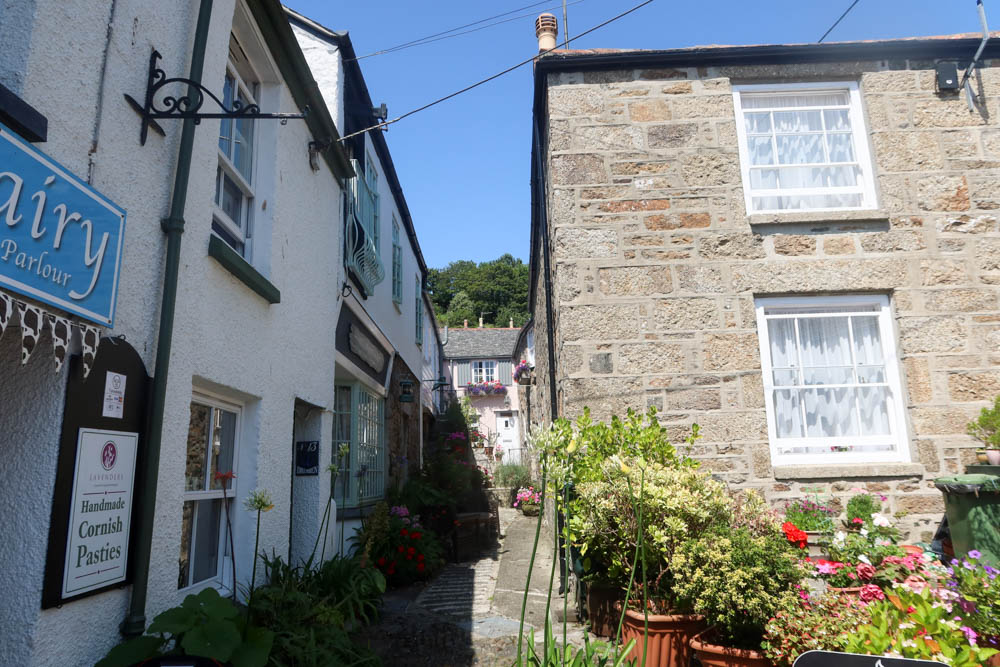 Streets in Mousehole