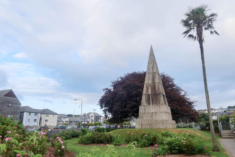 Killigrew Monument in Falmouth