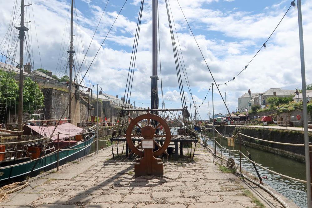 Pirate ship in Charlestown