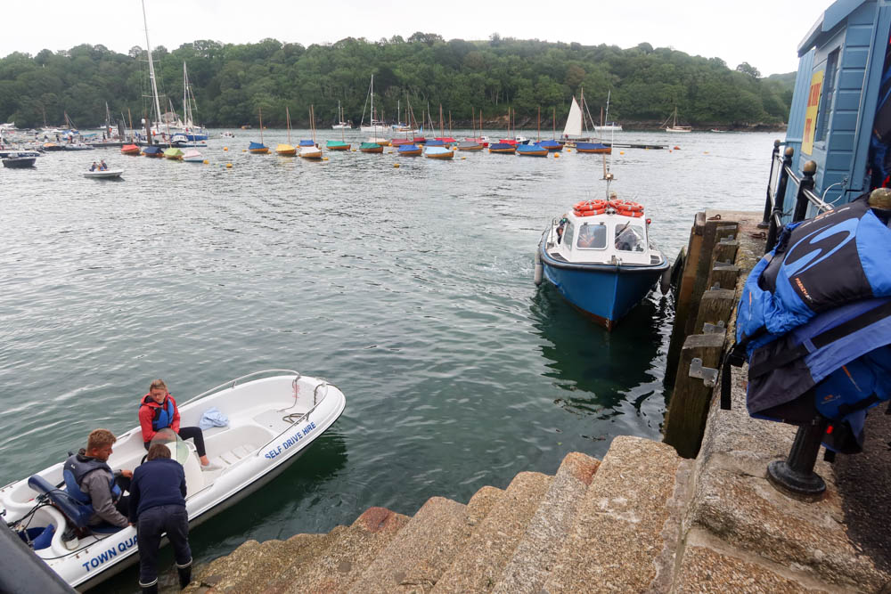 Rent your own boat in Fowey