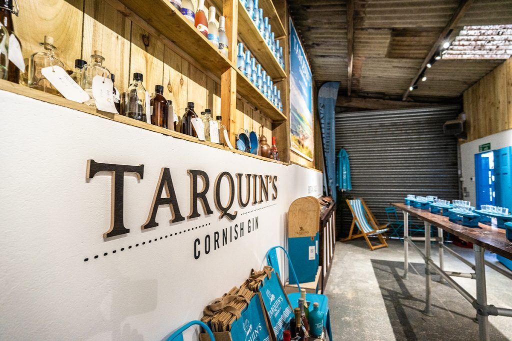 Tarquins near Padstow lettering